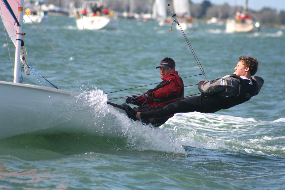 A windy weekend saw 40 420s at Itchenor sailing club braving 30 knot squalls ...