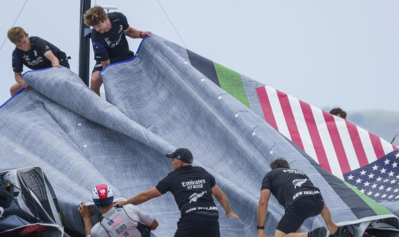 Emirates Team New Zealand help with the recovery of Patriot - photo © COR36 / Studio Borlenghi