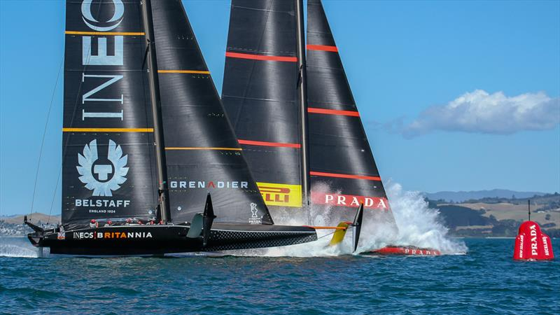 Luna Rossa dives at the start of Race 5 - Prada Cup Finals - Day 3 - February, 20, - America's Cup 36 - Course E - photo © Richard Gladwell / Sail-World.com