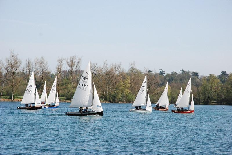 Albacores at Maidenhead photo copyright Andy Pearce taken at Maidenhead Sailing Club and featuring the Albacore class