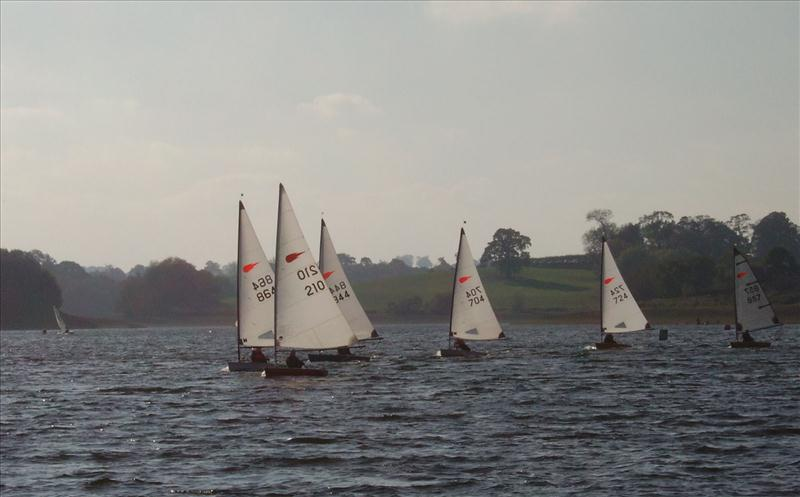 Comets at Staunton Harold photo copyright Alan Bennett taken at Staunton Harold Sailing Club and featuring the Comet class