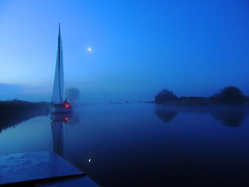 Mist at dawn during the 53rd Navigators & General Three Rivers Race - photo © Holly Hancock