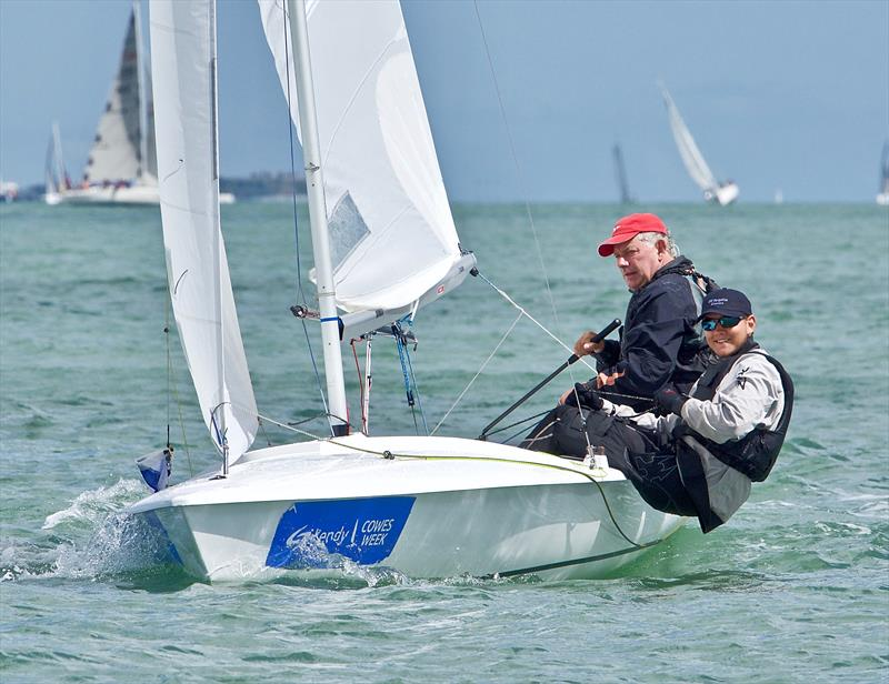 Lendy Cowes Week 2017 day 4 photo copyright Tom Hicks / www.solentaction.com taken at Cowes Combined Clubs and featuring the Flying Fifteen class