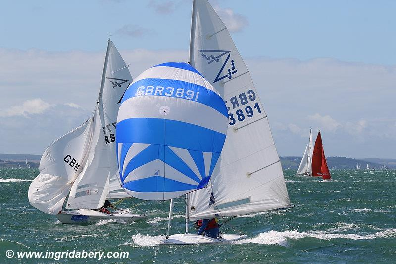 The sunshine returns on day 7 at Lendy Cowes Week 2017 photo copyright Ingrid Abery / www.ingridabery.com taken at Cowes Combined Clubs and featuring the Flying Fifteen class