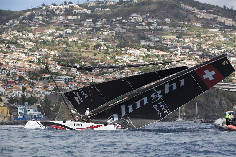 Alinghi pull off incredible comeback