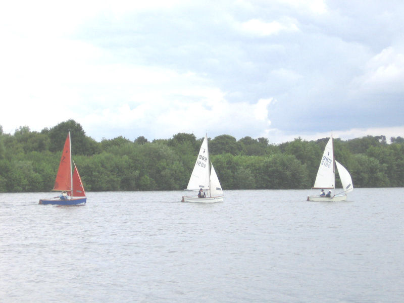 15 boats for the Heron open at Chipstead photo copyright Sophie Poston taken at Chipstead Sailing Club and featuring the Heron class