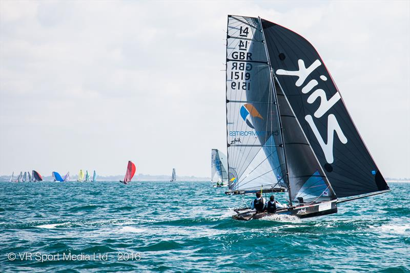VRsport.tv International 14 Worlds at Carnac day 4 - photo © VR Sport Media