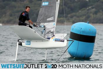 Lennon Sails dominate UK Moth Nationals