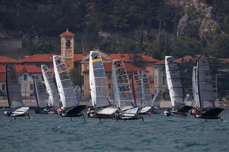 Zhik Nautica Moth Worlds 2012 at Campione del Garda - photo © Th.Martinez / Sea&Co / www.thmartinez.com