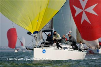 Garmin Hamble Winter Series week 6