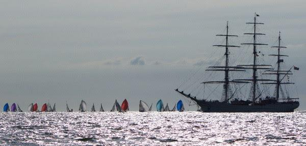 Racing on day 4 of the SB20 Worlds at Cowes - photo © Jennifer Burgis