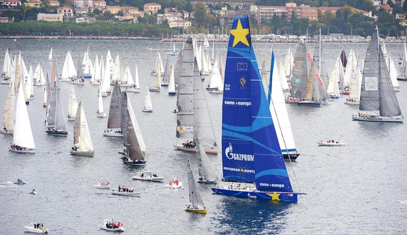 Line honours for Esimit Europa 2 in the Barcolana