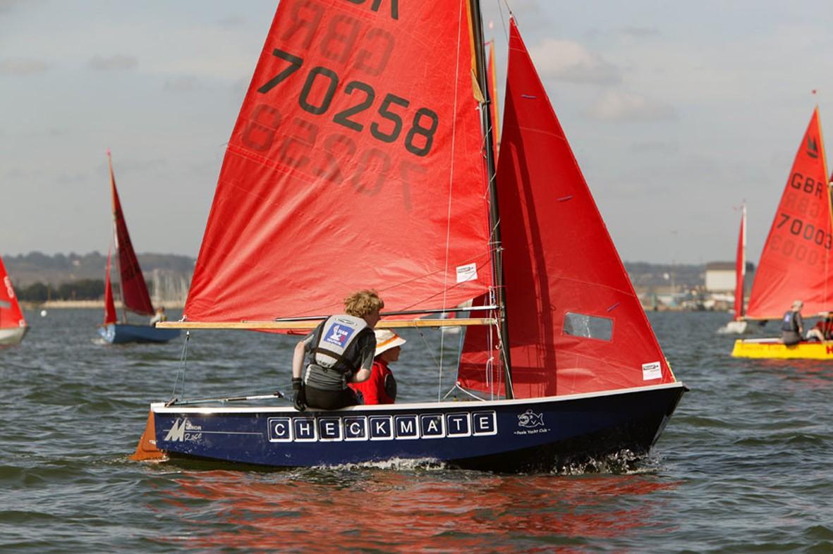 Poole yacht club junior youth regatta for Mirror yacht