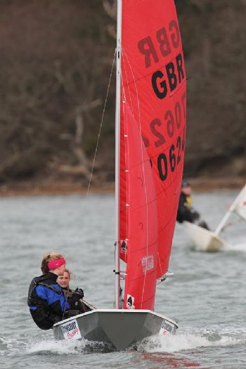 Grace Yeoman & Izzy Barker enjoy Snowflake race 2
