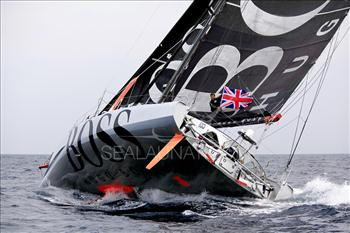Alex Thomson smashed the under 60' single-handed monohull transatlantic record