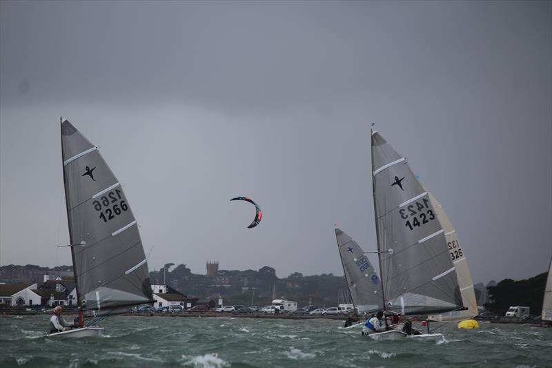 High winds on day 1 of the Phantom Nationals at Highcliffe - photo © Sarah Desjonqueres