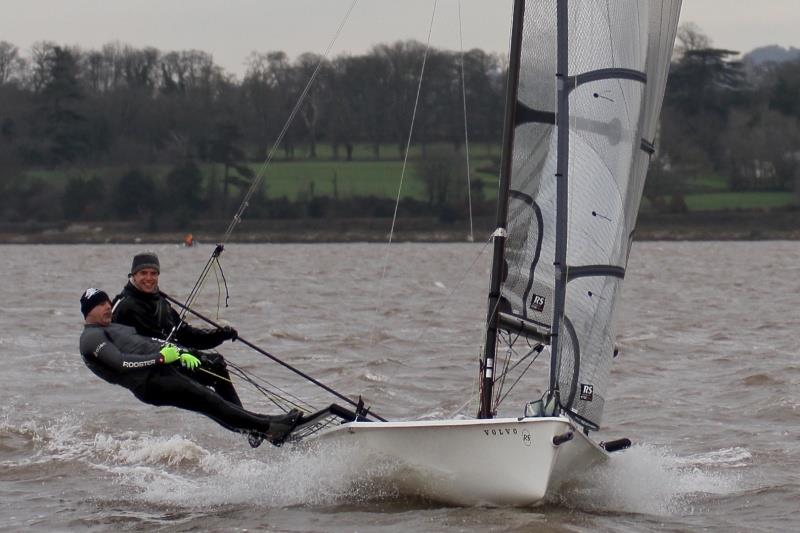 Barton and Feibusch win the Starcross Steamer
