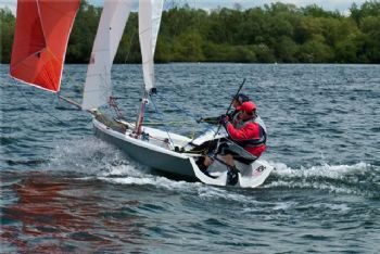 The breeze increases throughout the day for the RS200 South East Area Series at Middle Nene