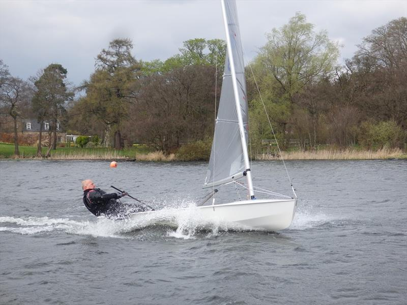 Scottish Solos at Bardowie Loch - photo © Hugh McLean