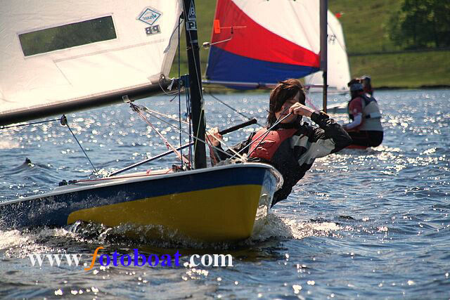 Wind & sun for the Derbyshire Youth Sailing event at Errwood SC photo copyright Mike Shaw / www.fotoboat.com taken at Errwood Sailing Club and featuring the Splash class