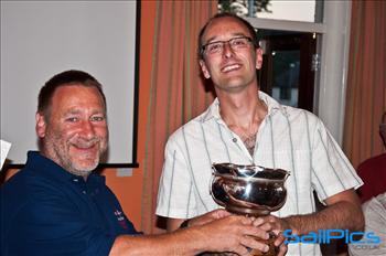Cliff Milliner receiving the Supernova national champions trophy from class chairman Paul Earnshaw