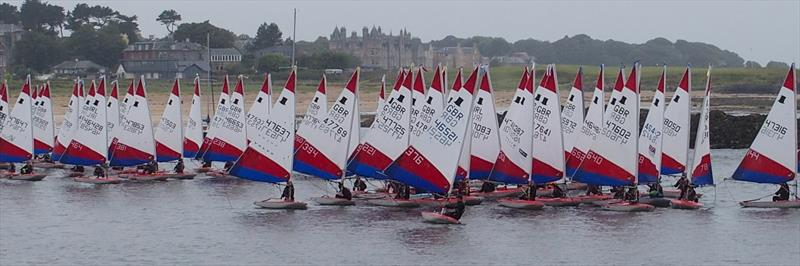 Toppers leave the beach during the Topper Nationals at East Lothian - photo © Derek Braid