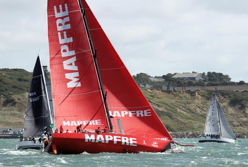 MAPFRE leaves the Solent after the Rolex Fastnet Race start - photo © Mark Jardine / YachtsandYachting.com