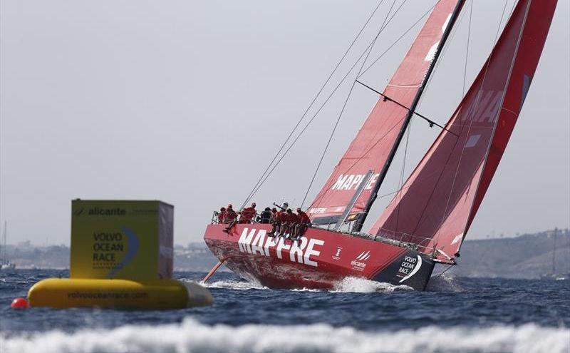 MAPFRE draw first blood