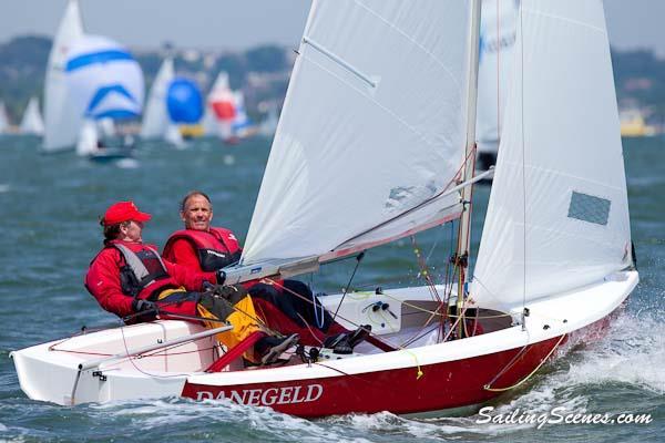 Wayfarer Dinghy Sailing Video | www.tapdance.org