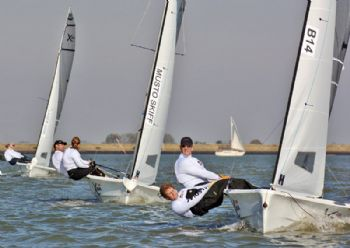 Light winds for the 2008 Endeavour Trophy at Burnham