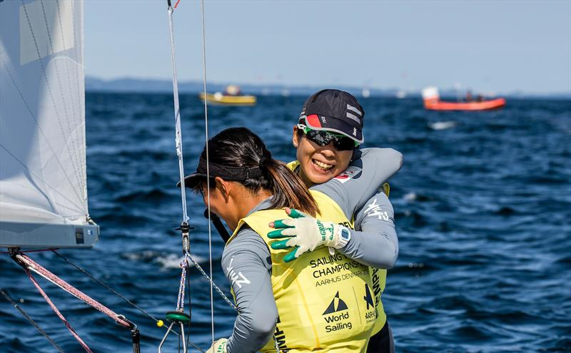 Japan's Ai Kondo Yoshida and Miho Yoshioka win the Women's 470 class at the 2018 Hempel Sailing World Championships Aarhus - photo © Sailing Energy / World Sailing