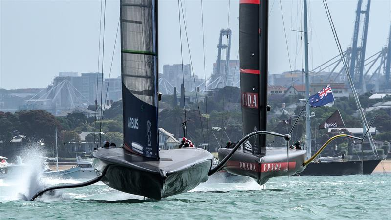 American Magic leads Luna Rossa - Waitemata Harbour - America's Cup World Series - December 18, 2020 - 36th America's Cup photo copyright Richard Gladwell / Sail-World.com taken at Royal New Zealand Yacht Squadron and featuring the AC75 class