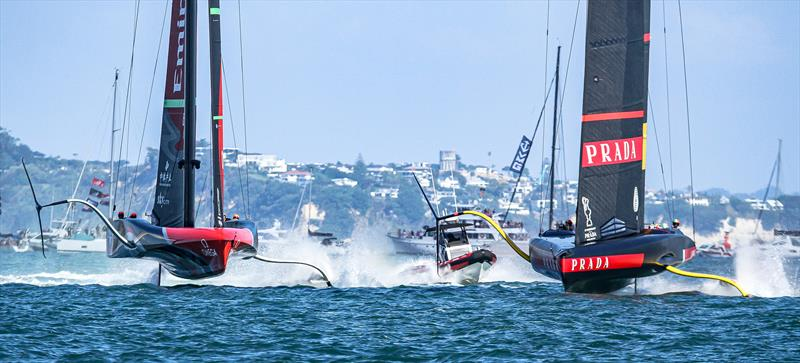 Emirates Team NZ and Luna Rossa start Race 10 - America's Cup - Day 7 - March 17, 2021, Course A photo copyright Richard Gladwell / Sail-World.com taken at Royal New Zealand Yacht Squadron and featuring the AC75 class
