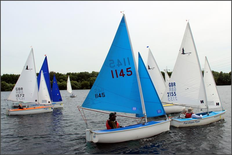 Hansa dinghies at Burghfield - photo © Simon Smith