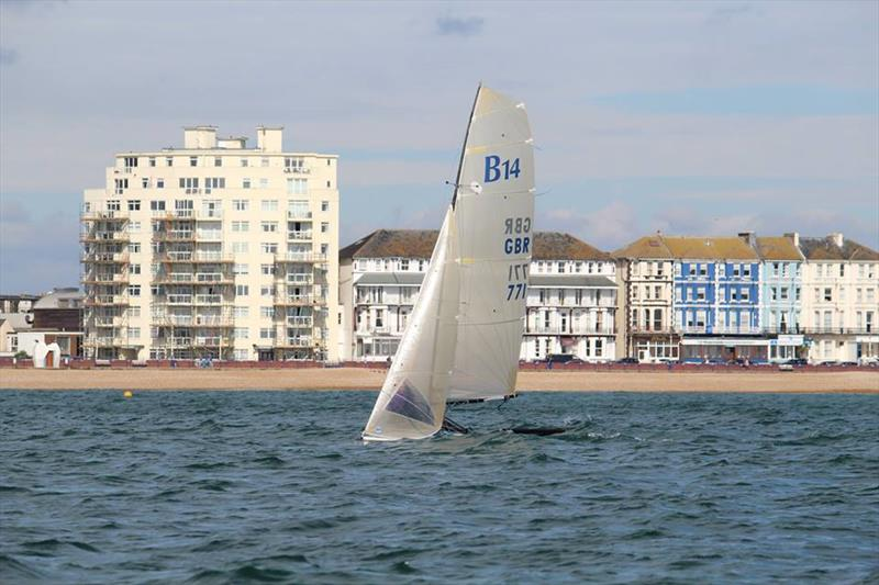 Gul B14 TT at Eastbourne - photo © Ben Daigneault