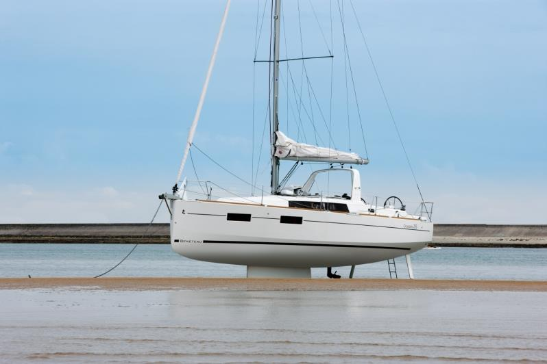 Swing keel of the Beneteau Oceanis 35.1 allows for super shallow draft work. - photo © Beneteau