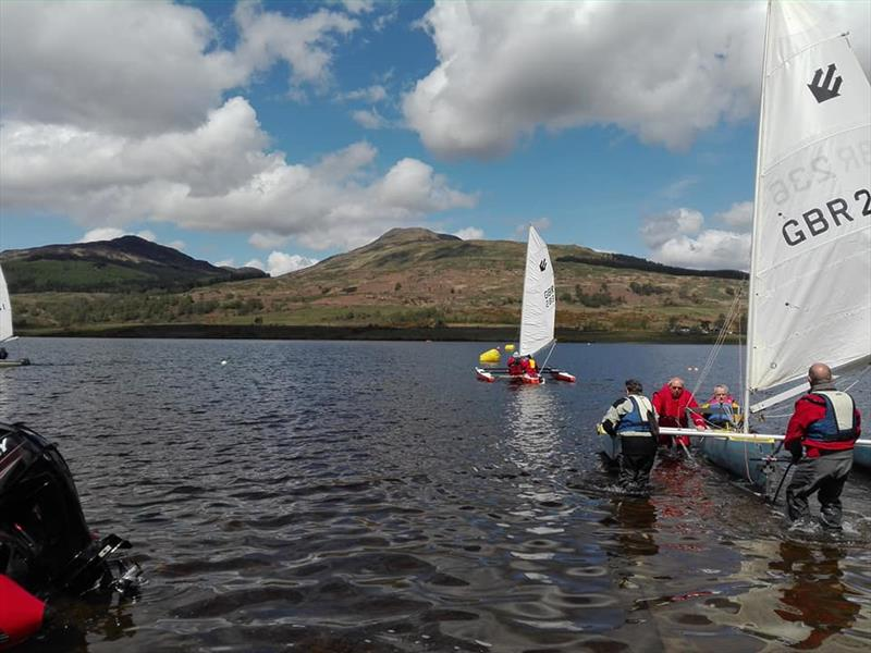 Setting off during the T2 Challenger Travellers at Loch Venachar - photo © Enid McPartlin