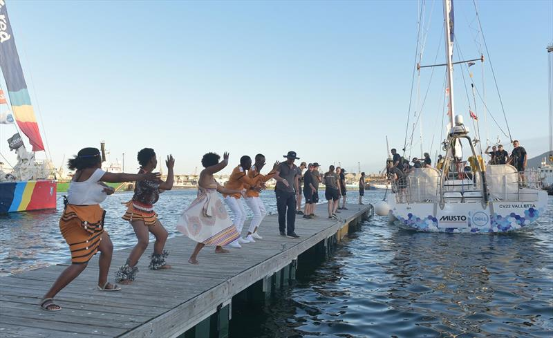 Seattle receive a warm welcome into Cape Town's VandA Waterfront - photo © Bruce Sutherland