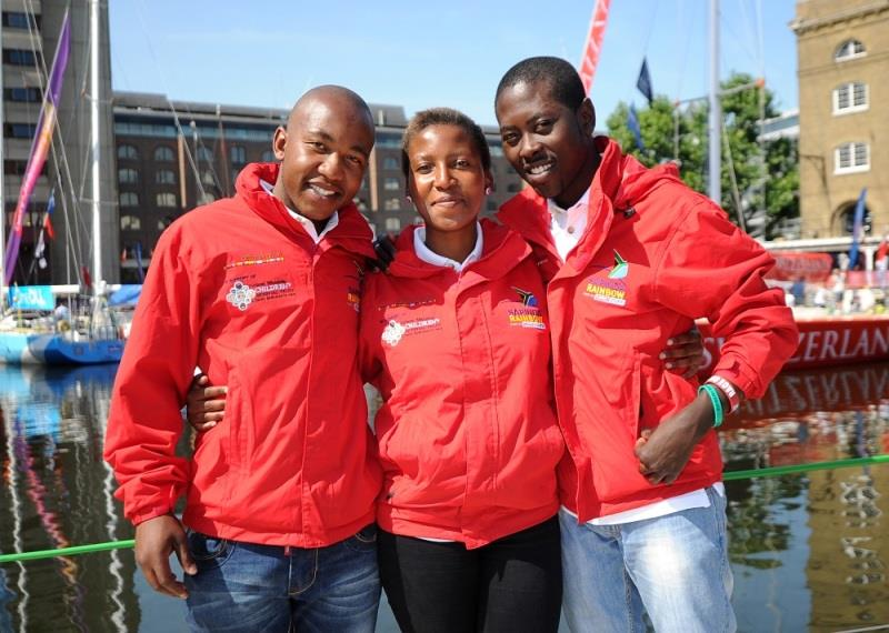 L-R: Invest Africa crew member Mbongiseni Oludlu, Lebalang Molobele and Blessing Lethukuthula - photo © Clipper Ventures