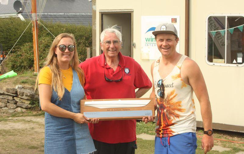 Dan and Amy Teubert receiving their prize from Ian Fraser - Dart 18 South West Championships at Restronguet - photo © Windsport International