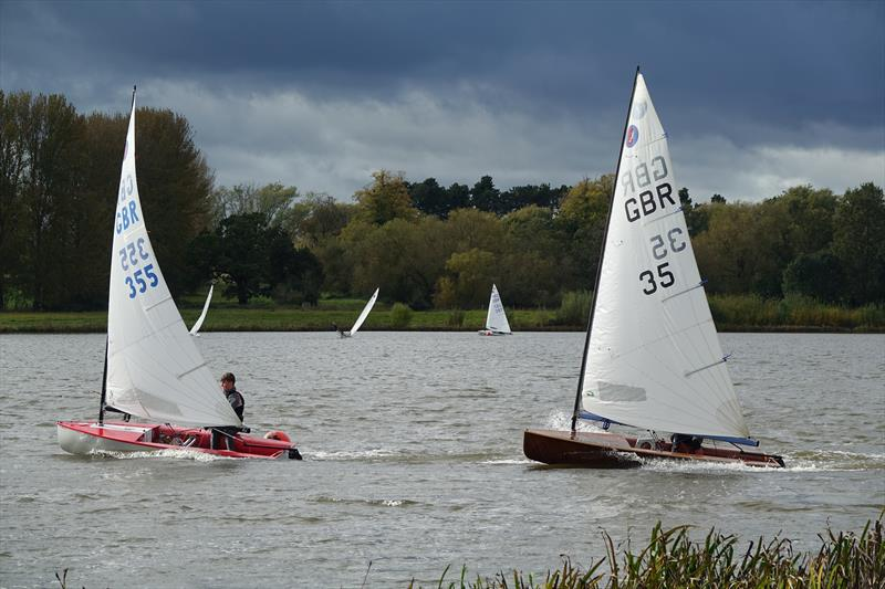 Adam Catlow (355) with Luke Lazell (35) close behind during the Europe Inlands at Haversham - photo © Sue Johnson