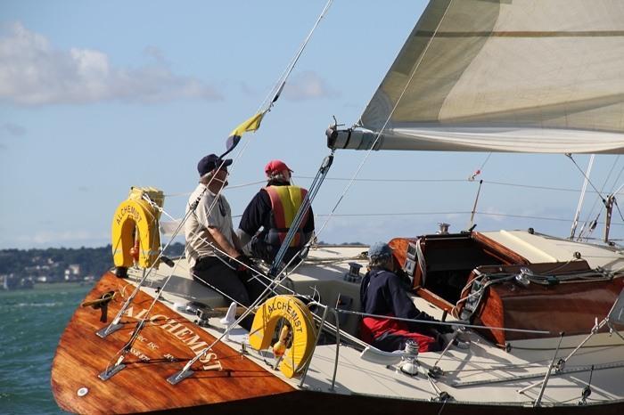 Calendar South Australia : Half ton classic cup at royal corinthian yacht club cowes