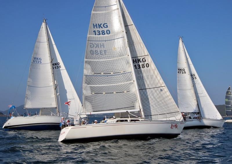 Second start for both divisions a 1520 - Monsoon Winter Series 2019, Race 5 - photo © Hebe Jebes