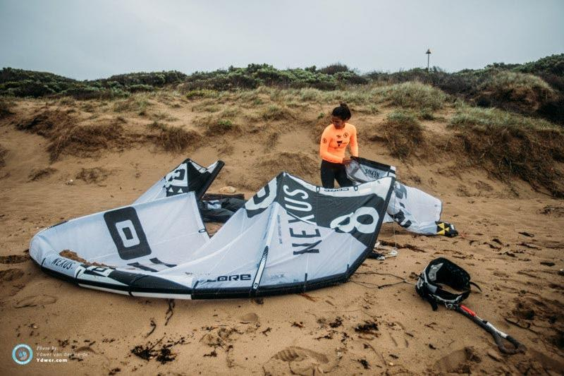 Charlotte rigging up before her opening single eliminations heat - 2018 GKA Kite-Surf World Tour Torquay photo copyright Ydwer van der Heide taken at  and featuring the Kiteboarding class