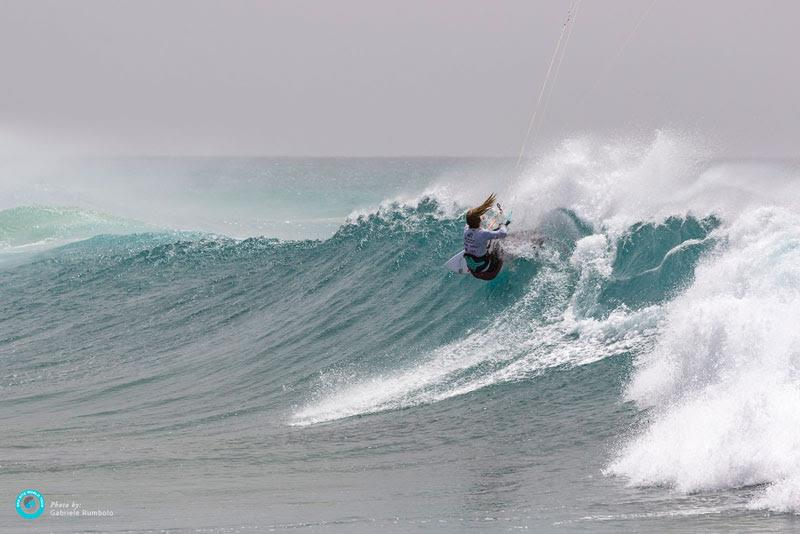 Correia continues her onslaught up the ladder - GKA Kite-Surf World Cup Cabo Verde, Day 4 - photo © Gabriele Rumbolo