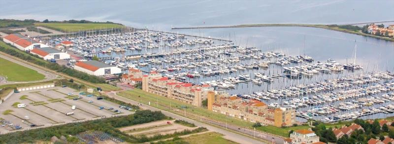 Marina Port Zélande - photo © Robert Deaves