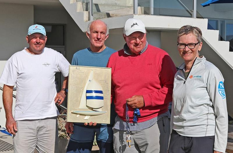 Overall winners, Richie Allanson, Colin Beashel, and Iain Murray - Havoc. Class Secretary Niesje Hees making the presentation. - Etchells Victorian Championship 2020 - photo © John Curnow