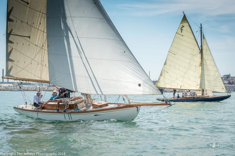 The duel is on between Gaffers Rosenn and Dorothy on day 3 of Cowes Classics Week - photo © Tim Jeffreys Photography