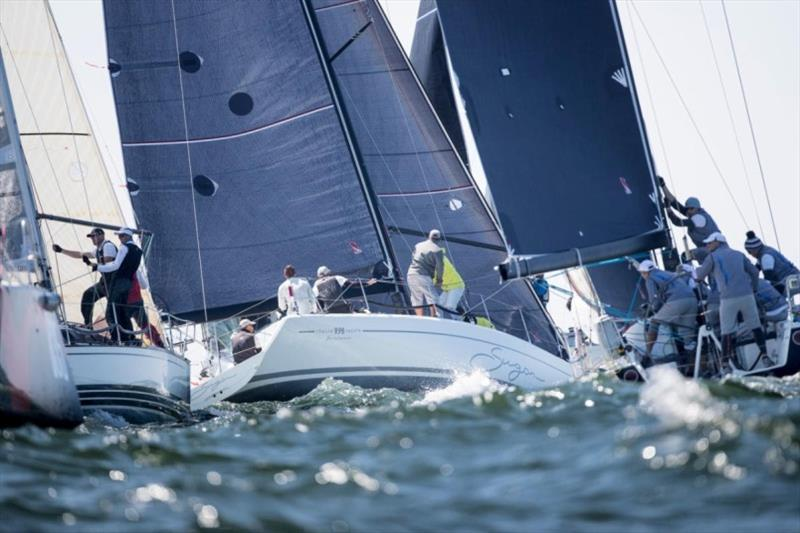 Crowded Class C mark rounding in The Hague - photo © Sander van der Borch