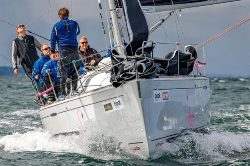 In the ORC III/IV class, the 'Halbtrocken' by Knut Freudenberg (Flensburg) chases the defending champion 'Immac Fram' (Mares). - photo © www.segel-bilder.de